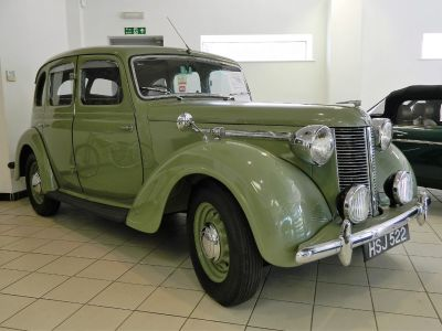 Austin Sixteen 2.2 Saloon Petrol GreenAustin Sixteen 2.2 Saloon Petrol Green at WH Brand Ltd Spalding