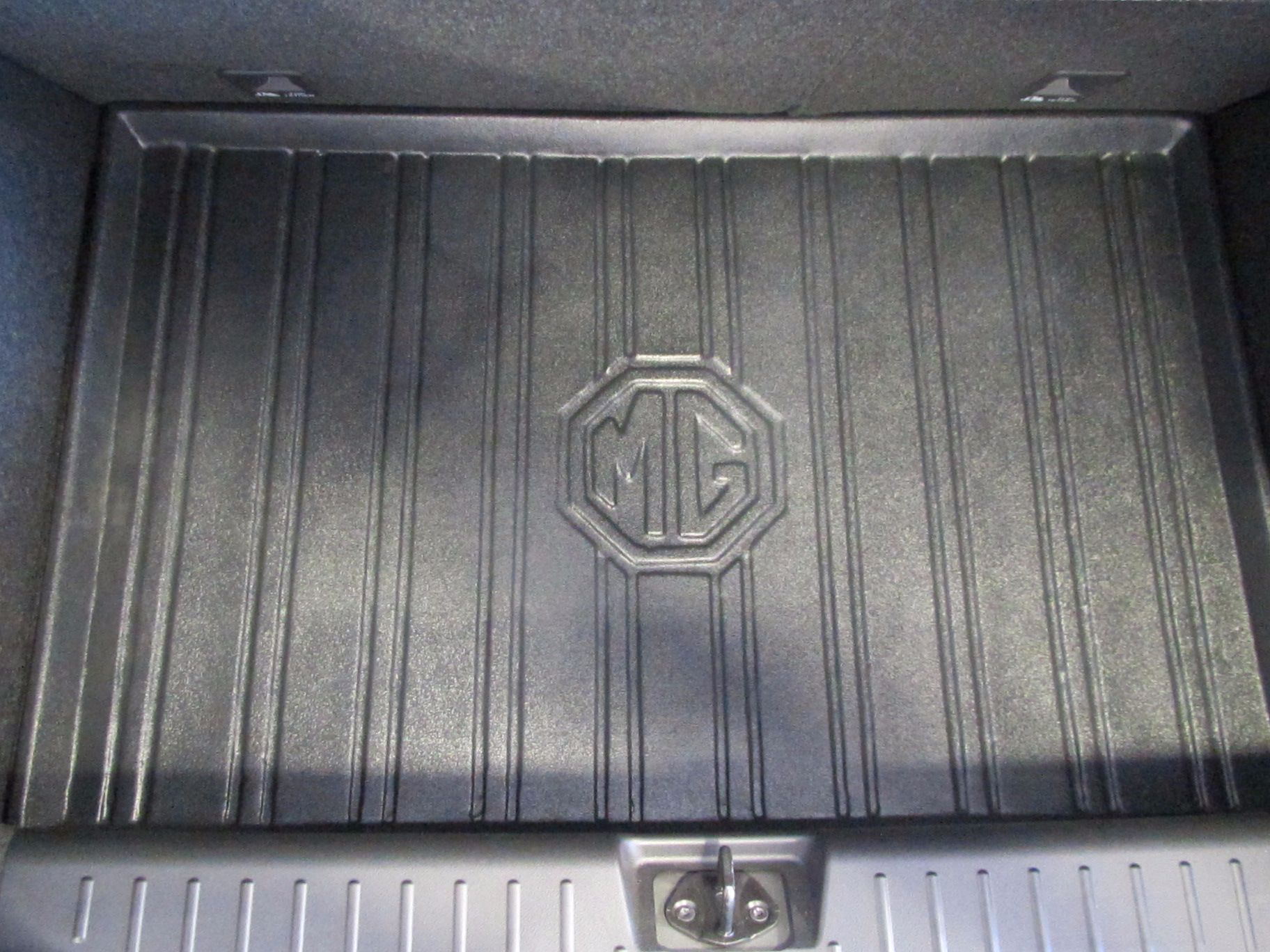 MG3 BOOT LINER