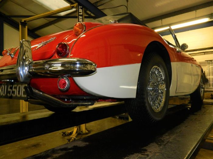 Austin Healey 2.9 3000 MKIII Sports Petrol Colorado Red Over Old English White
